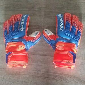 Other - Reusch goalkeeper gloves